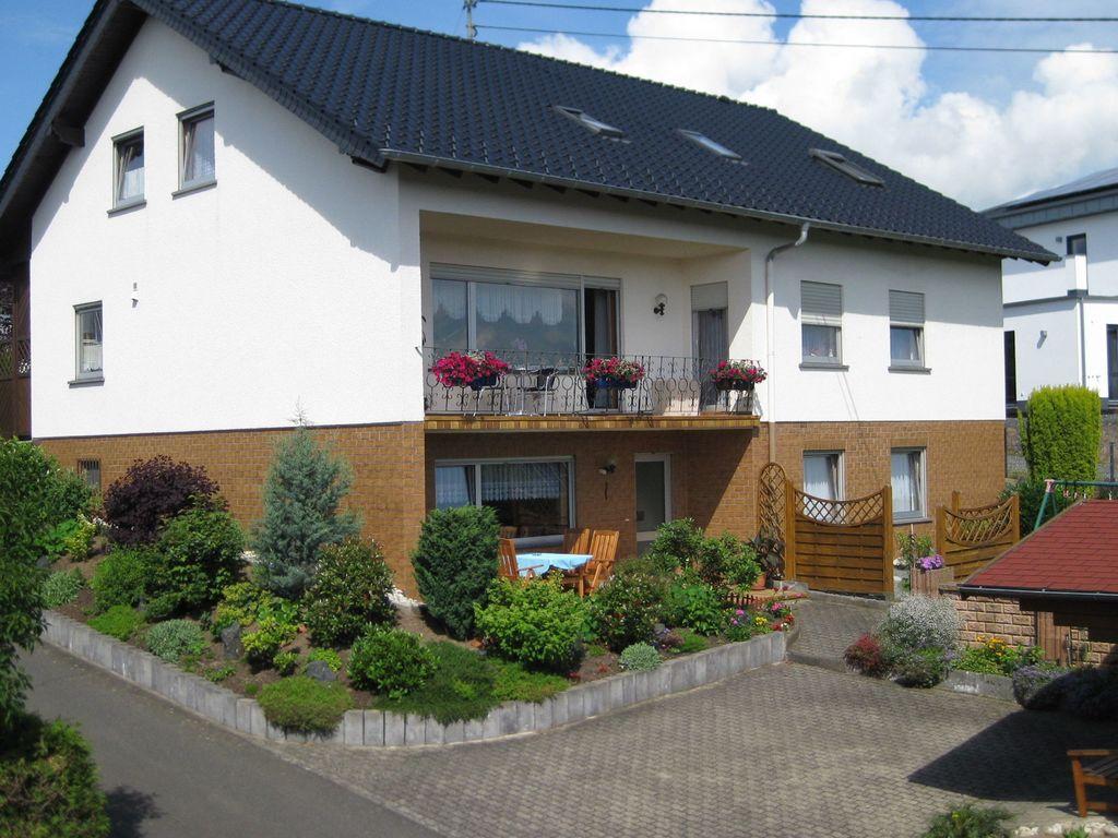 Helga 1 Ferienwohnung in der Eifel