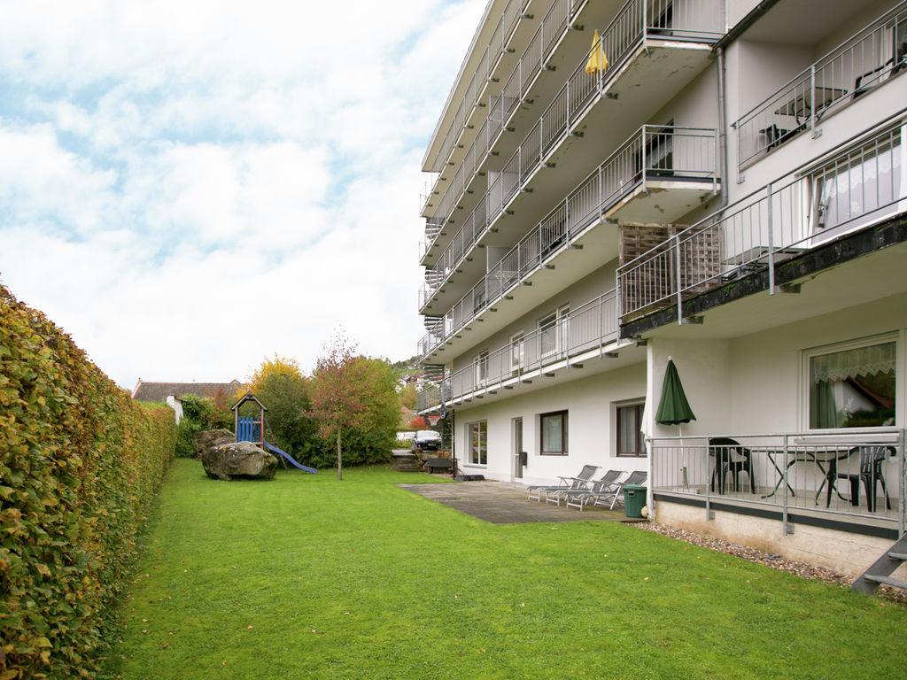 Ferienhaus Komfortable Ferienwohnung mit 2 Schlafzimmern mit großem Balkon und schönem Ausblick in de (255203), Bollendorf, Südeifel, Rheinland-Pfalz, Deutschland, Bild 9