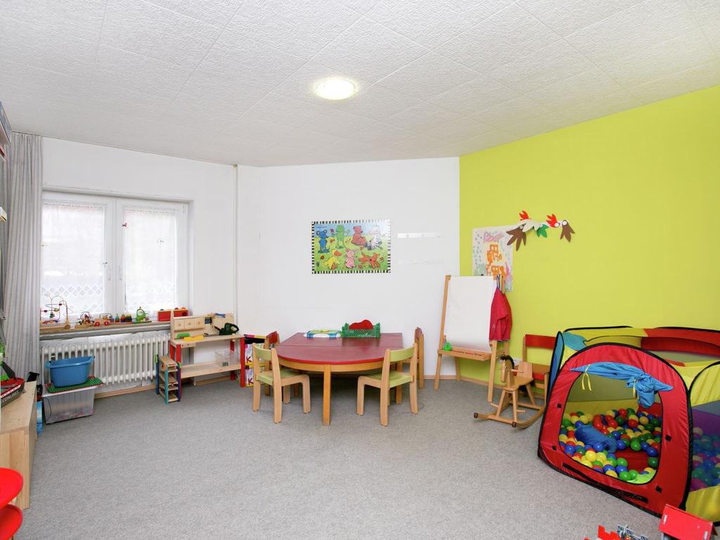 Ferienhaus Komfortable Ferienwohnung mit 2 Schlafzimmern mit großem Balkon und schönem Ausblick in de (255203), Bollendorf, Südeifel, Rheinland-Pfalz, Deutschland, Bild 30