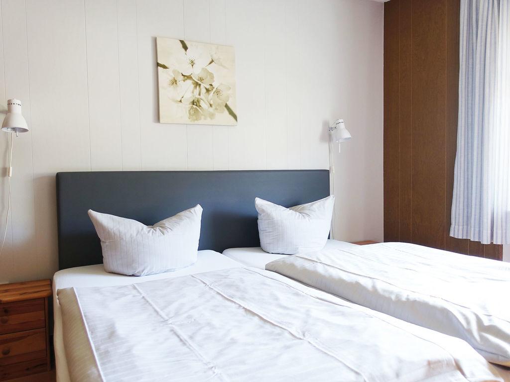 Ferienhaus Komfortable Ferienwohnung mit 2 Schlafzimmern mit großem Balkon und schönem Ausblick in de (255203), Bollendorf, Südeifel, Rheinland-Pfalz, Deutschland, Bild 15
