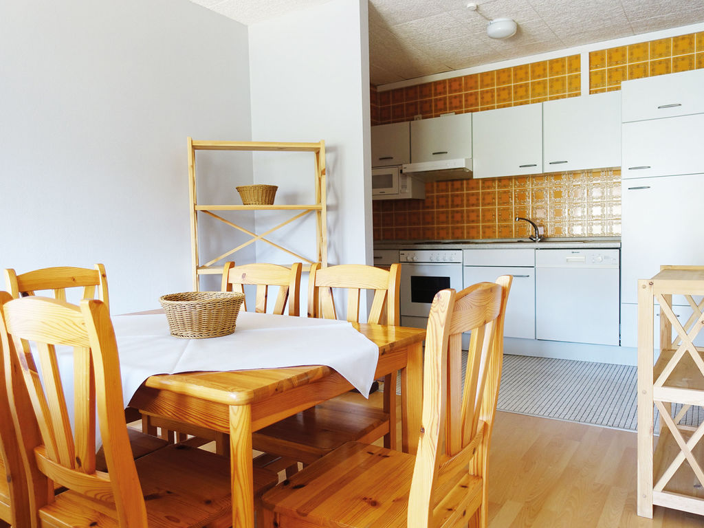 Ferienhaus Komfortable Ferienwohnung mit 2 Schlafzimmern mit großem Balkon und schönem Ausblick in de (255203), Bollendorf, Südeifel, Rheinland-Pfalz, Deutschland, Bild 14