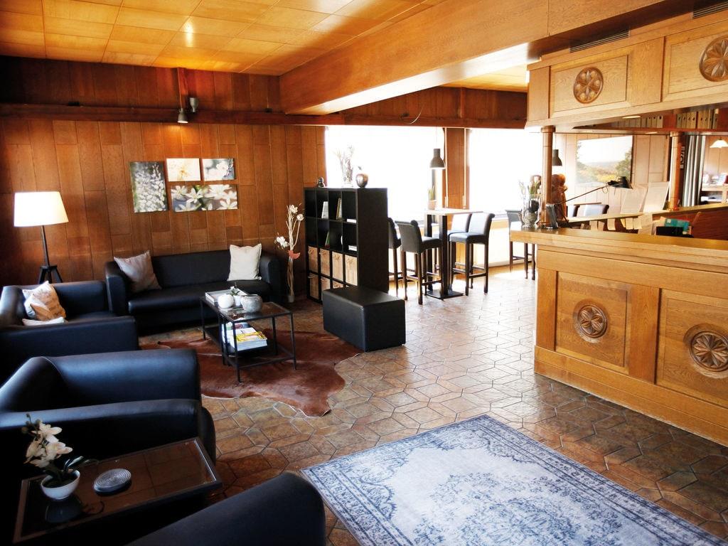 Ferienhaus Komfortable Ferienwohnung mit 2 Schlafzimmern mit großem Balkon und schönem Ausblick in de (255203), Bollendorf, Südeifel, Rheinland-Pfalz, Deutschland, Bild 34