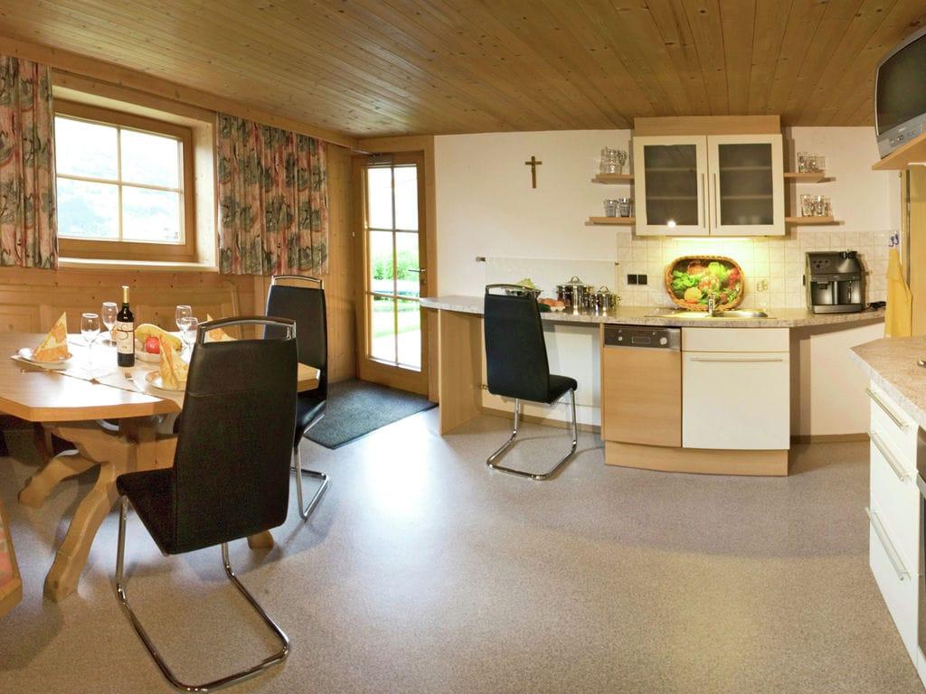 Ferienwohnung Luxuriöse Ferienwohnung in Kaltenbach mit Terrasse (253774), Stumm, Zillertal, Tirol, Österreich, Bild 4