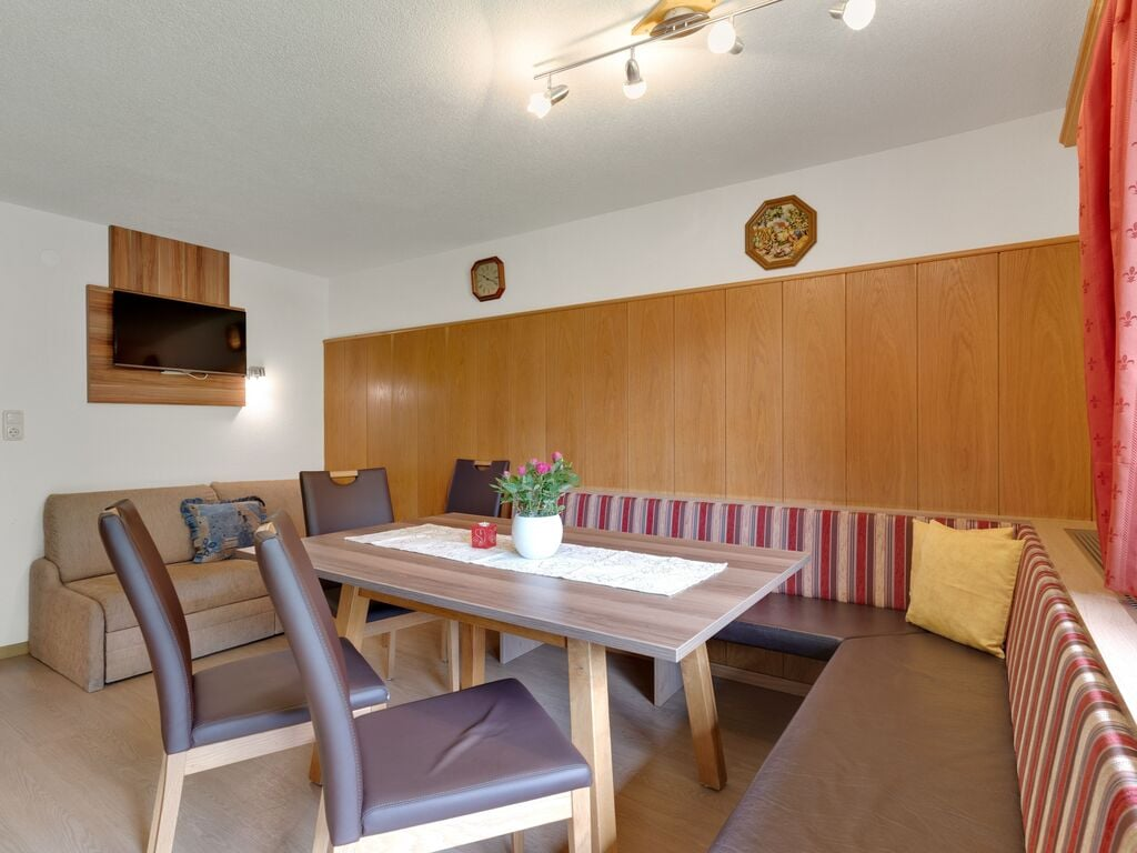 Ferienwohnung Geräumige Wohnung in Kappl, Tirol, mit Bergblick (253989), Kappl, Paznaun - Ischgl, Tirol, Österreich, Bild 8