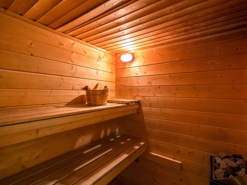 Ferienhaus Modernes Chalet mit Sauna unweit des Waldes in den Ardennen (65882), Trois-Ponts, Lüttich, Wallonien, Belgien, Bild 30