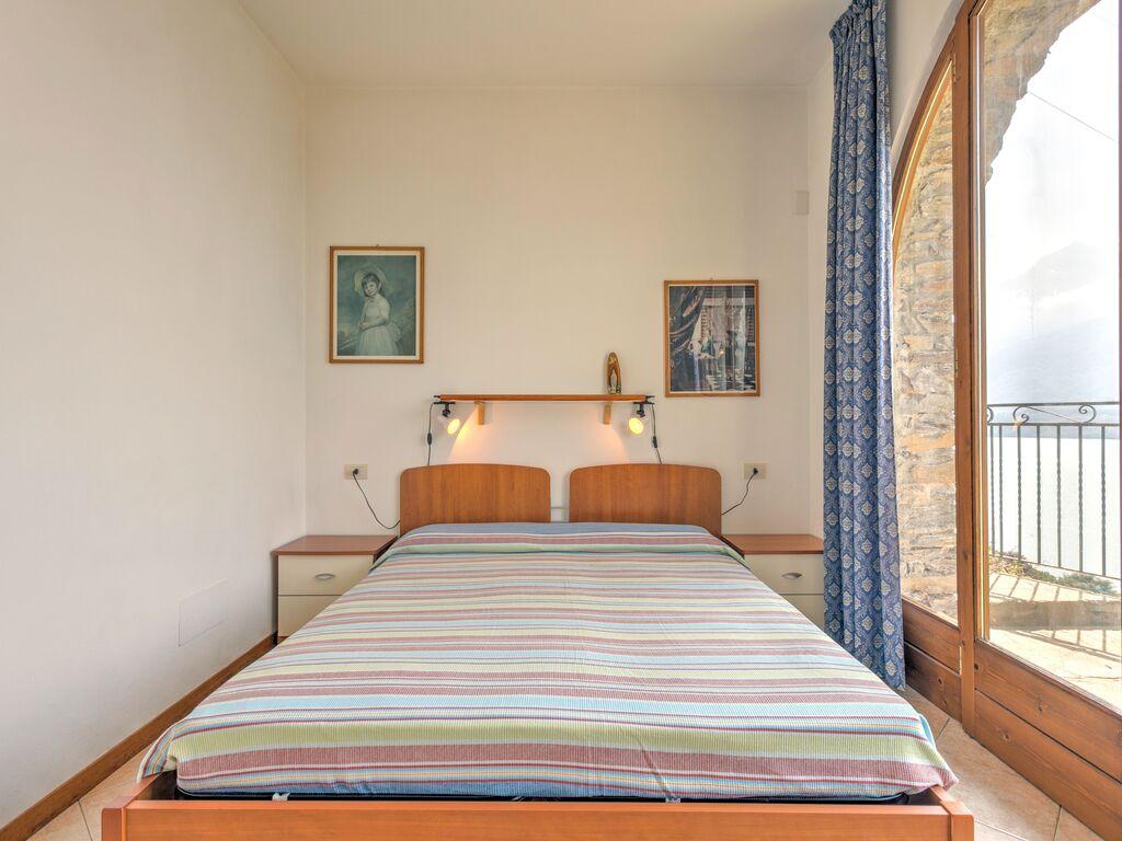 Ferienwohnung Geräumige Ferienwohnung mit Swimmingpool am See in Gravedona (256582), Gravedona, Comer See, Lombardei, Italien, Bild 18