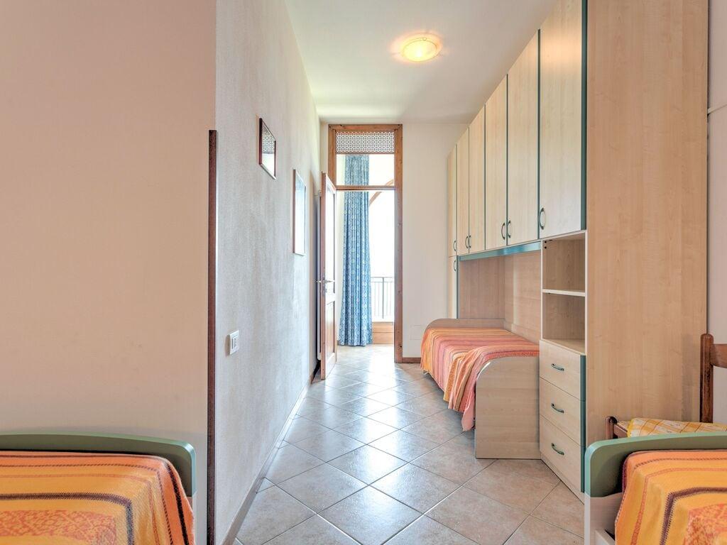 Ferienwohnung Geräumige Ferienwohnung mit Swimmingpool am See in Gravedona (256582), Gravedona, Comer See, Lombardei, Italien, Bild 20