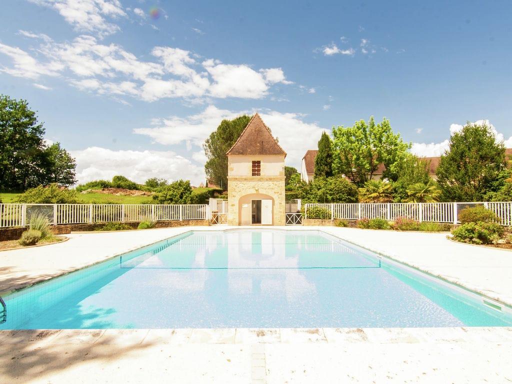 Holiday house Wunderschönes Ferienhaus in Aquitaine in der Nähe des Waldes (255951), Sarlat la Canéda, Dordogne-Périgord, Aquitania, France, picture 14