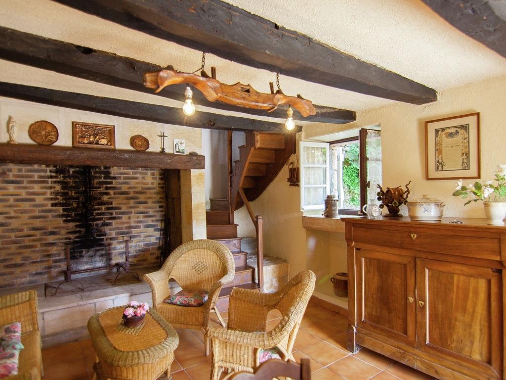 Ferienhaus Idyllisches Cottage mit Terrasse in Roziers (61300), Saint Pantaléon de Larche, Corrèze, Limousin, Frankreich, Bild 12