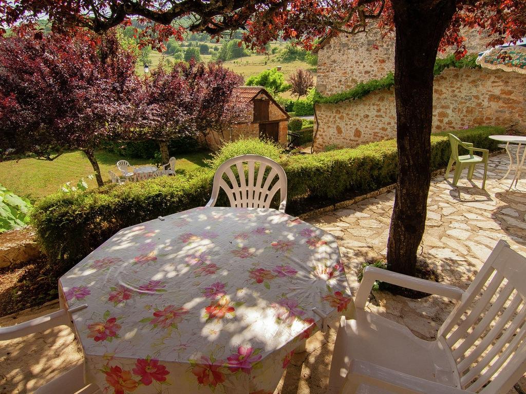 Ferienhaus Idyllisches Cottage mit Terrasse in Roziers (61300), Saint Pantaléon de Larche, Corrèze, Limousin, Frankreich, Bild 20