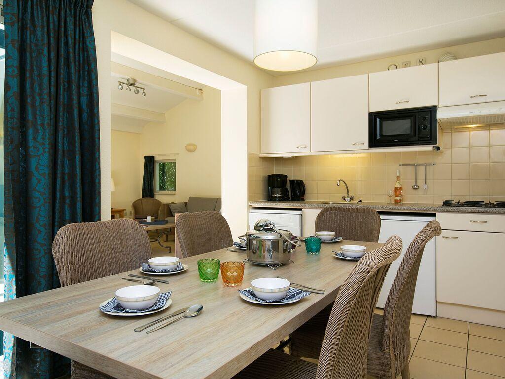 Ferienhaus Komfortables Ferienhaus mit zwei Badezimmern, in Strandnähe (256904), 's-Gravenhage, , Südholland, Niederlande, Bild 4