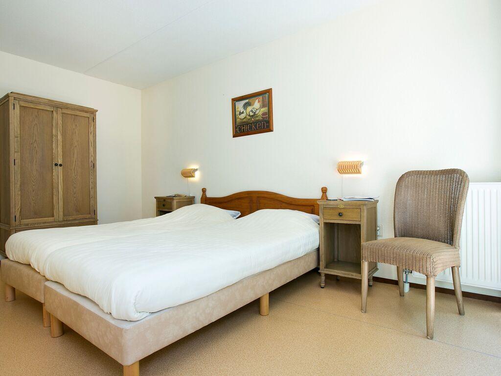 Ferienhaus Komfortables Ferienhaus mit zwei Badezimmern, in Strandnähe (256904), 's-Gravenhage, , Südholland, Niederlande, Bild 5