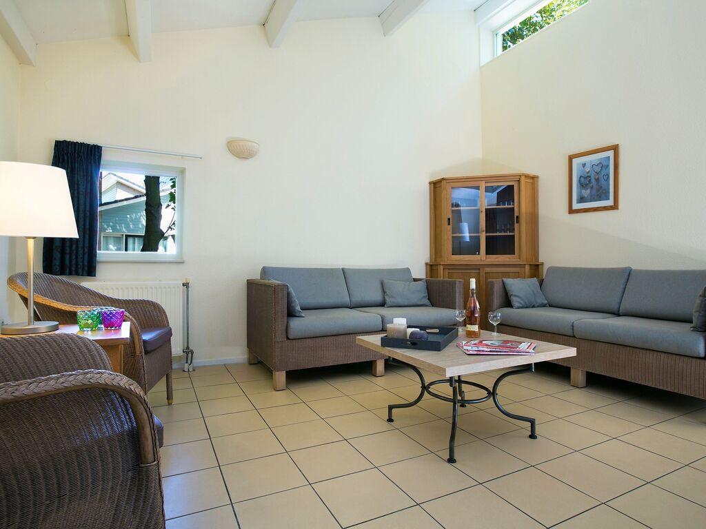 Ferienhaus Komfortables Ferienhaus mit zwei Badezimmern, in Strandnähe (256904), 's-Gravenhage, , Südholland, Niederlande, Bild 3