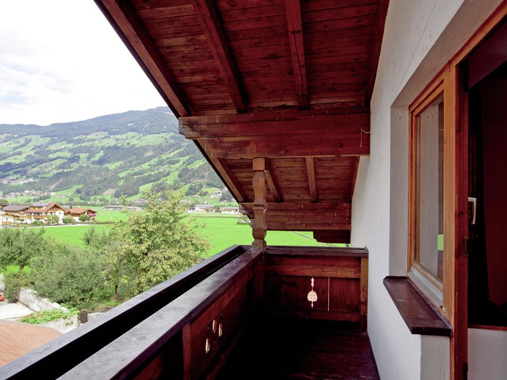 Ferienwohnung Schöne Ferienwohnung in Kapfing mit Balkon (253744), Hochfügen, Zillertal, Tirol, Österreich, Bild 31