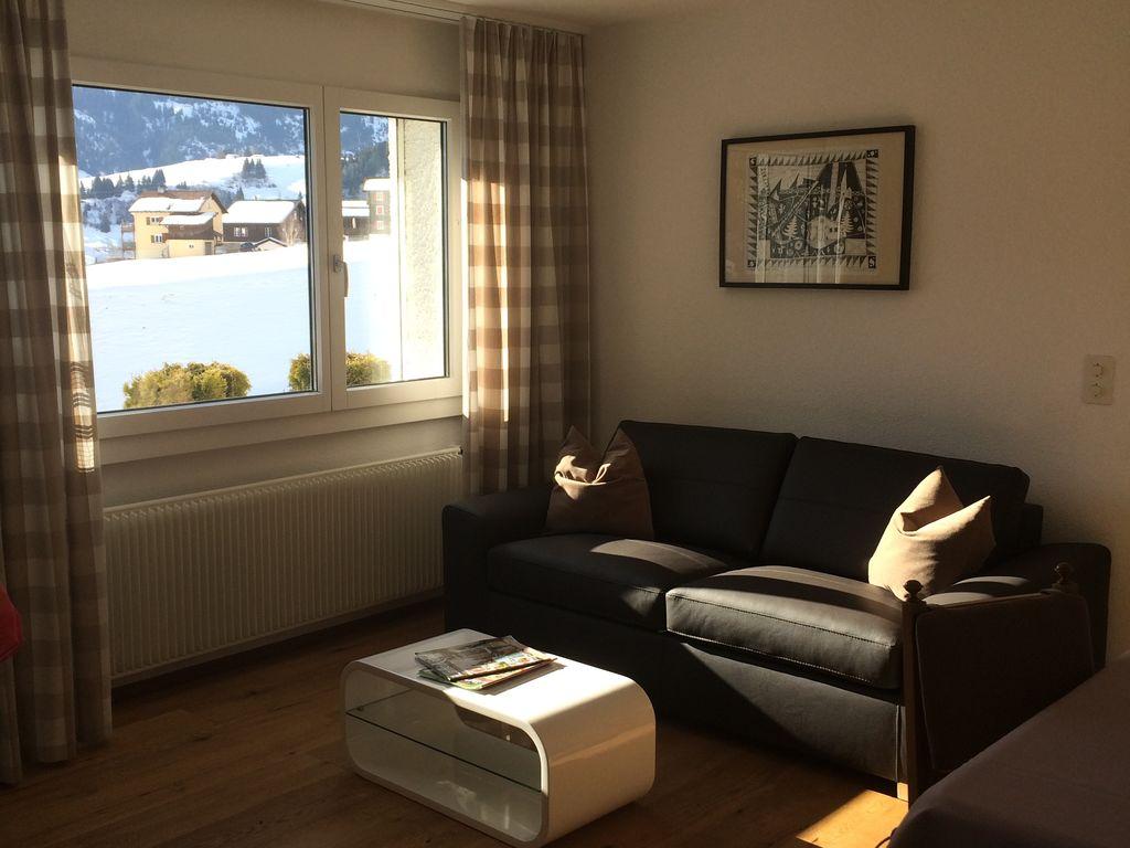 Ferienwohnung Ruhige Ferienwohnung in Waldnähe in Segnas (254681), Segnas, Disentis - Sedrun, Graubünden, Schweiz, Bild 4