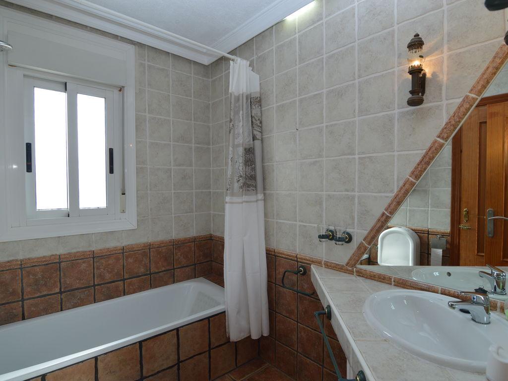 Ferienhaus Luxuriöse Villa an der Costa Blanca mit Swimmingpool (255610), Daya Vieja, Costa Blanca, Valencia, Spanien, Bild 24