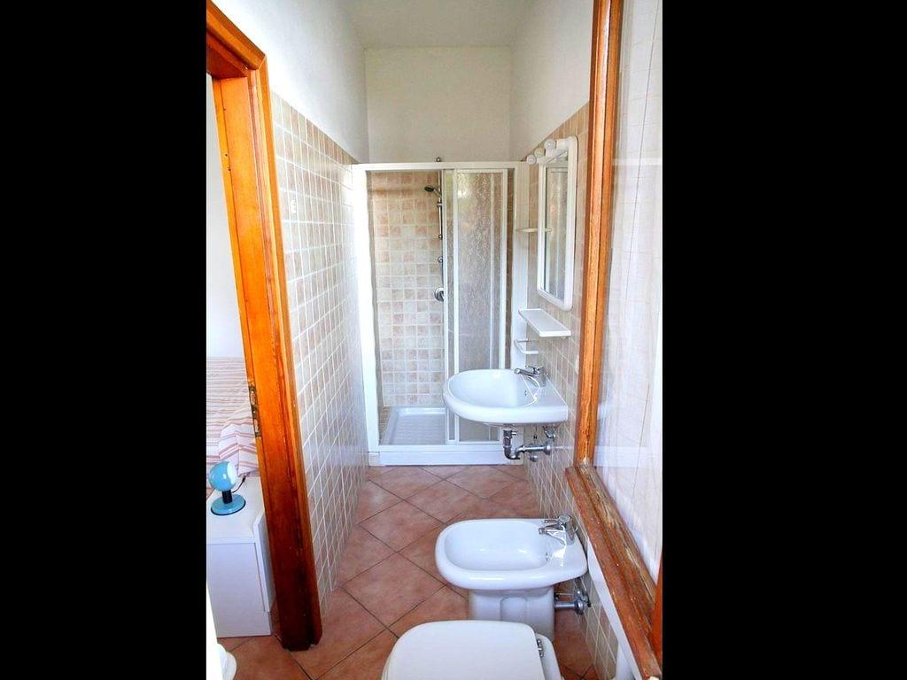 Ferienwohnung Geräumige moderne Wohnung mit Terrasse in Menaggio (256587), Menaggio, Comer See, Lombardei, Italien, Bild 16