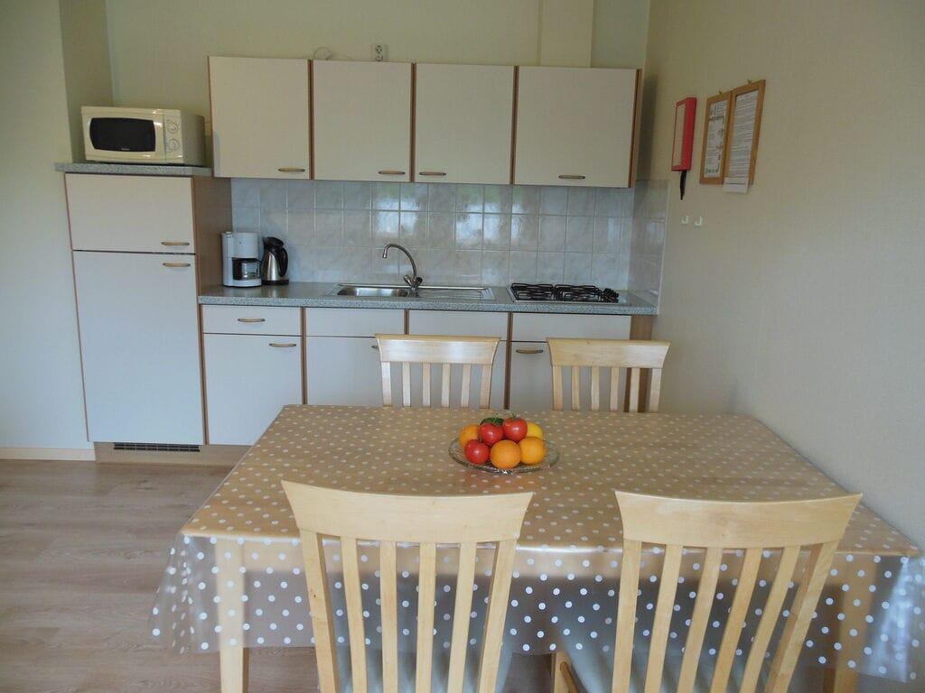 Ferienwohnung Geräumiges Apartment in Seenähe in Arum (61004), Grauwe Kat, , , Niederlande, Bild 10