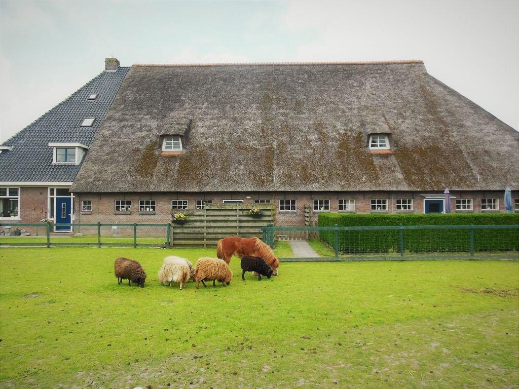 Ferienhaus Geräumige Villa in Seenähe in Arum (61001), Grauwe Kat, , , Niederlande, Bild 4