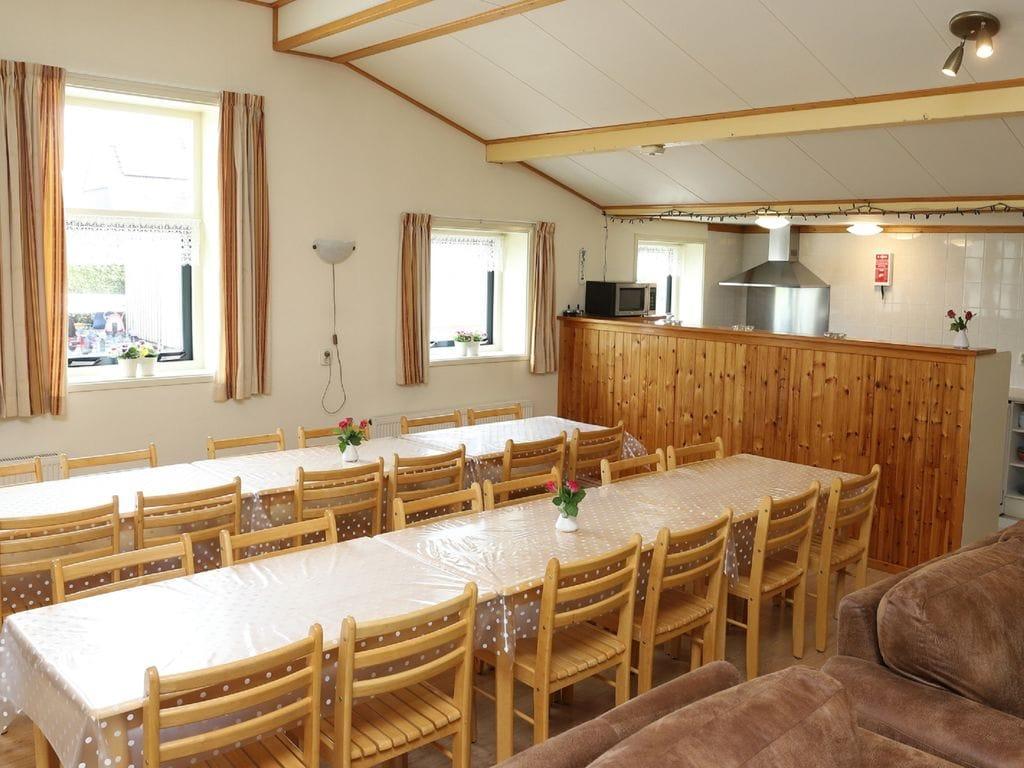 Maison de vacances Geräumiges Bauernhaus im ruhigen Dorf Arum in der Nähe des IJsselmeer! (61001), Grauwe Kat, , , Pays-Bas, image 12
