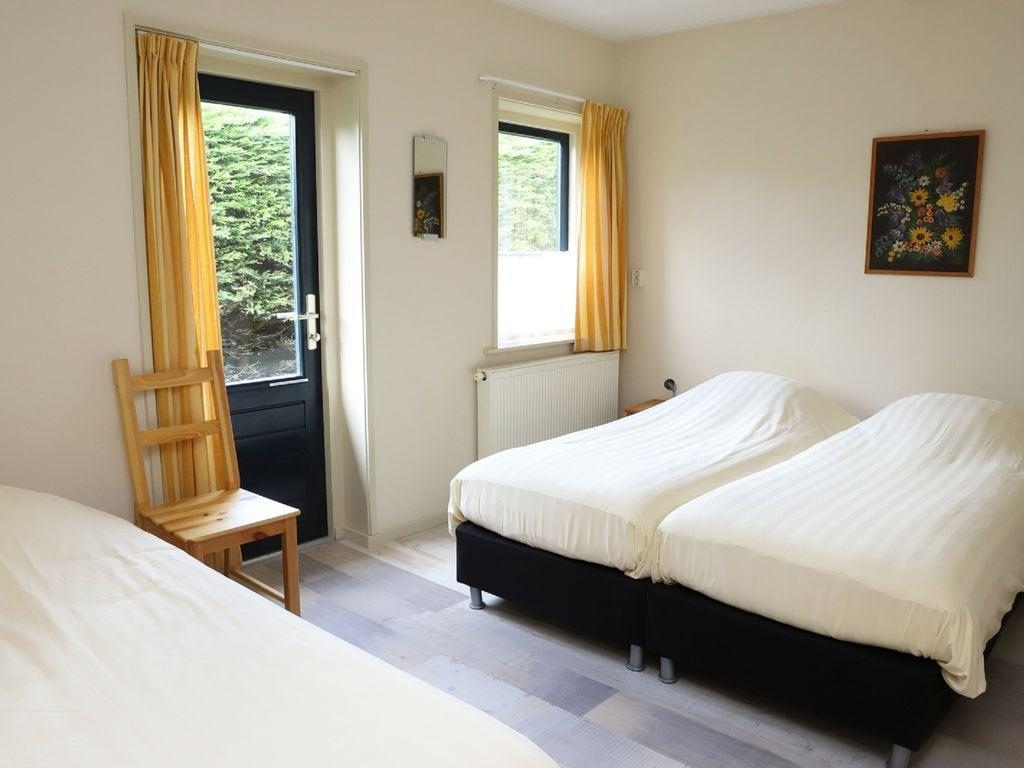 Ferienhaus Geräumige Villa in Seenähe in Arum (61001), Grauwe Kat, , , Niederlande, Bild 15