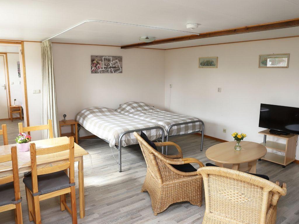 Maison de vacances Geräumiges Bauernhaus im ruhigen Dorf Arum in der Nähe des IJsselmeer! (61001), Grauwe Kat, , , Pays-Bas, image 17