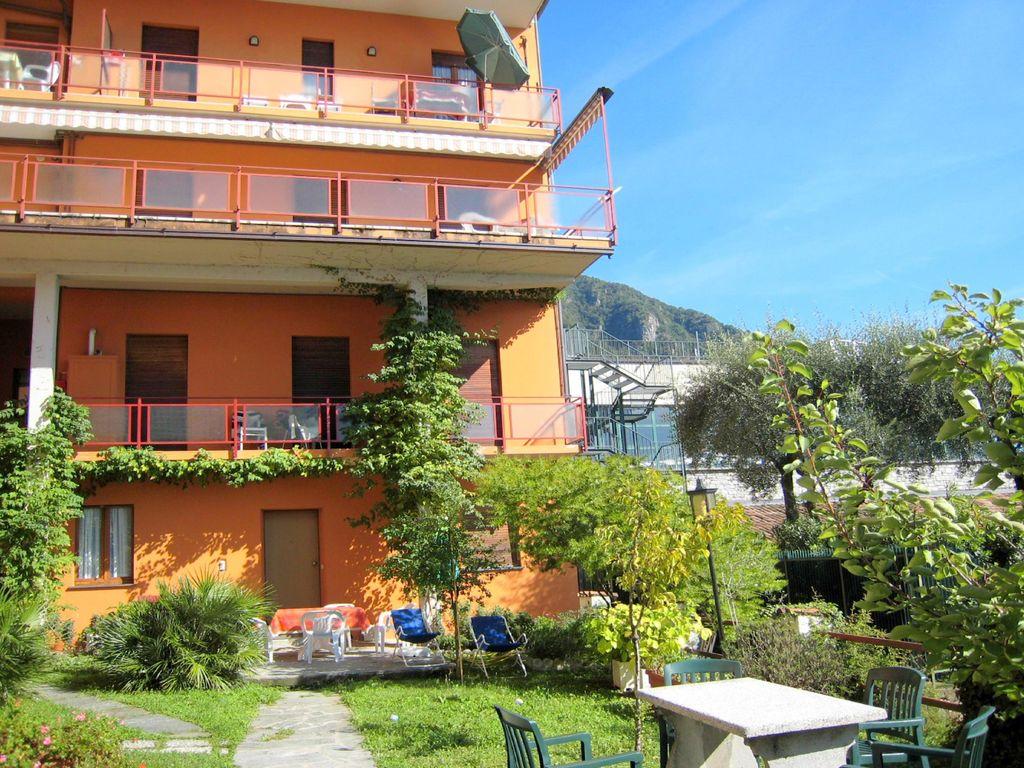 Ferienwohnung Geräumiges Appartement mit Terrasse in Menaggio (256588), Menaggio, Comer See, Lombardei, Italien, Bild 2