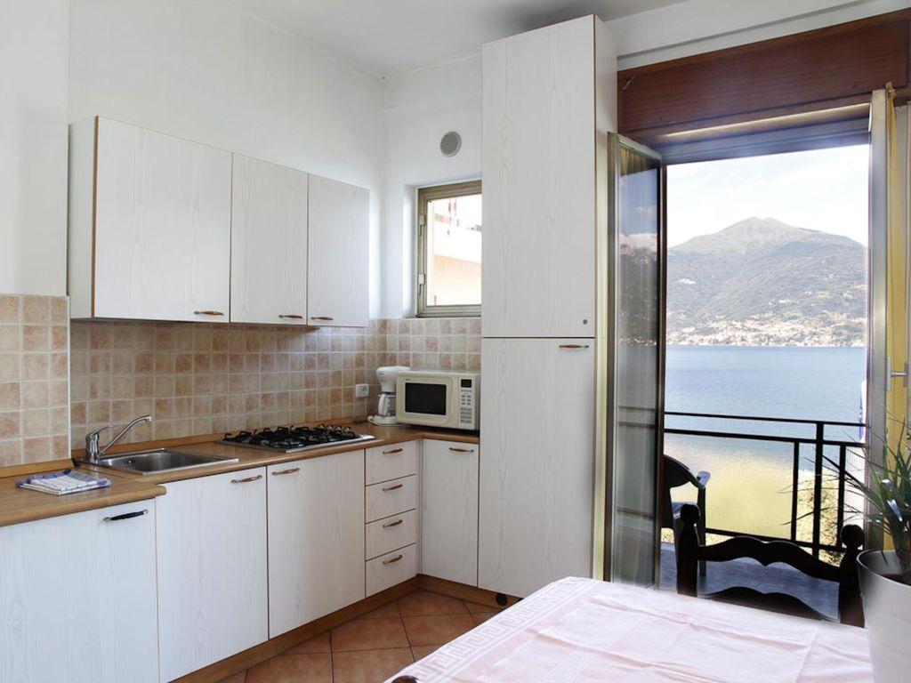 Ferienwohnung Geräumiges Appartement mit Terrasse in Menaggio (256588), Menaggio, Comer See, Lombardei, Italien, Bild 11