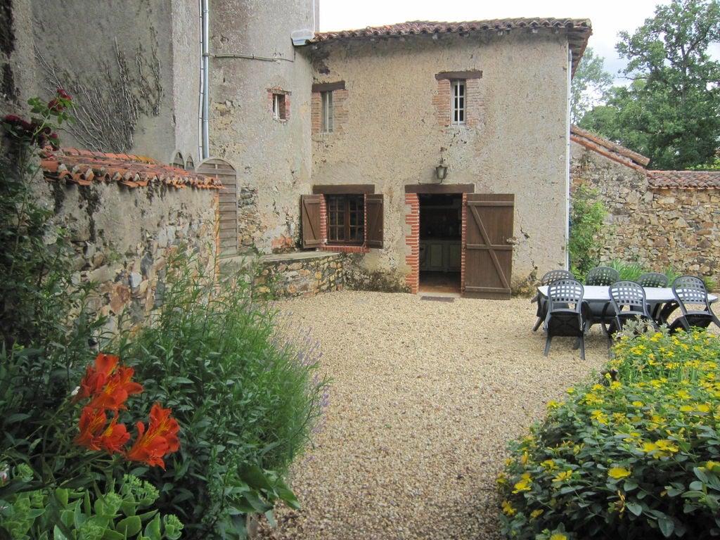 Ferienhaus Wunderschönes Herrenhaus mit Pool in Saint-Paul-du-Bois (65770), Vihiers, Maine-et-Loire, Pays de la Loire, Frankreich, Bild 25