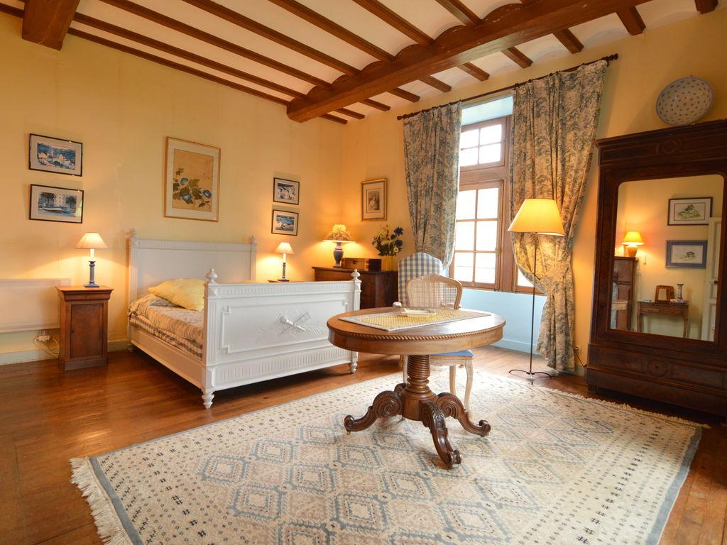 Ferienhaus Wunderschönes Herrenhaus mit Pool in Saint-Paul-du-Bois (65770), Vihiers, Maine-et-Loire, Pays de la Loire, Frankreich, Bild 12