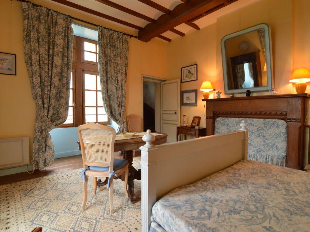 Ferienhaus Wunderschönes Herrenhaus mit Pool in Saint-Paul-du-Bois (65770), Vihiers, Maine-et-Loire, Pays de la Loire, Frankreich, Bild 13