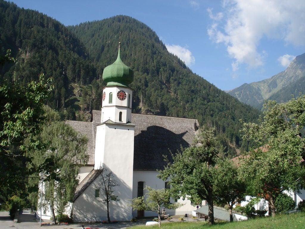 Ferienhaus Gemütliches Ferienhaus in Skigebietnähe in Sankt Gallenkirch (254092), St. Gallenkirch, Montafon, Vorarlberg, Österreich, Bild 2