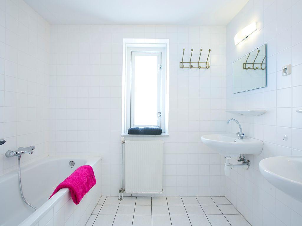 Ferienhaus Schöne Villa mit 2 Badezimmern, 9 km von Rockanje entfernt (311898), Hellevoetsluis, , Südholland, Niederlande, Bild 6