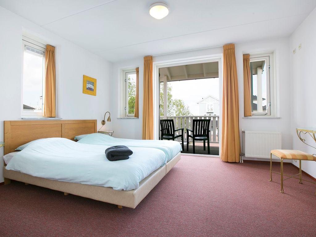 Ferienhaus Schöne Villa mit 2 Badezimmern, 9 km von Rockanje entfernt (311898), Hellevoetsluis, , Südholland, Niederlande, Bild 5