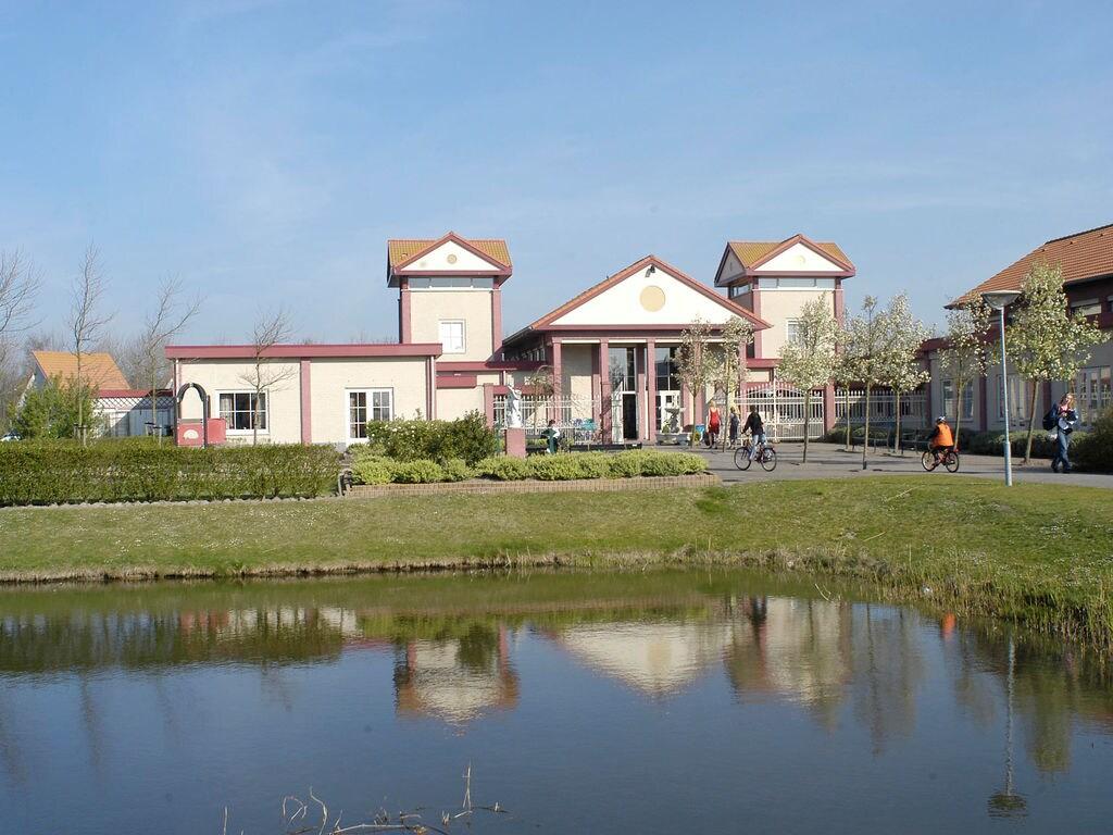 Ferienhaus Freistehende Villa m. Whirlpool & Spülmaschine, Strand: 1 km (327207), Elkerzee, , Seeland, Niederlande, Bild 9