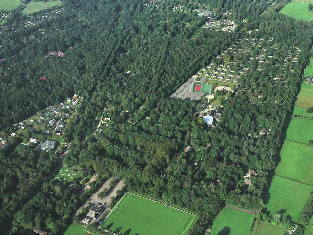 Ferienhaus Möbliertes Chalet mit Kombi-Mikrowelle in der Veluwe (321213), Epe, Veluwe, Gelderland, Niederlande, Bild 6