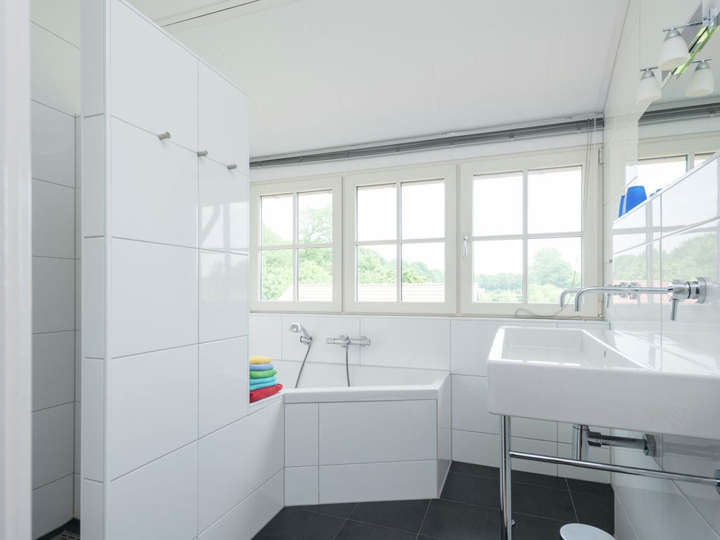 Ferienhaus Gemütliches Ferienhaus in Hollandscheveld in Waldnähe (301332), Hollandscheveld, , Drenthe, Niederlande, Bild 16