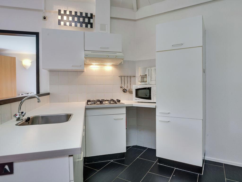 Ferienhaus Komfortabler Bungalow in Harderwijk mit Gemeinschaftspool (76187), Bosgebied (Sonnevanck), Veluwe, Gelderland, Niederlande, Bild 4
