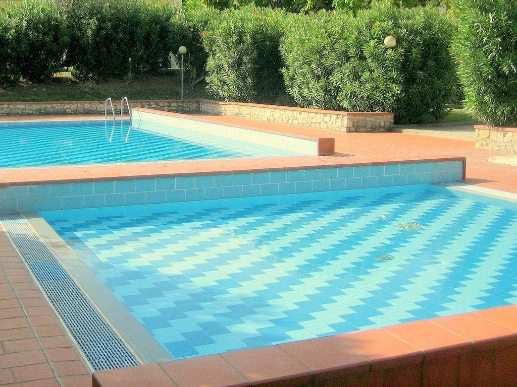 Ferienhaus Geräumiges Ferienhaus in Lazise mit Gemeinschaftspool (73572), Lazise, Gardasee, Venetien, Italien, Bild 4
