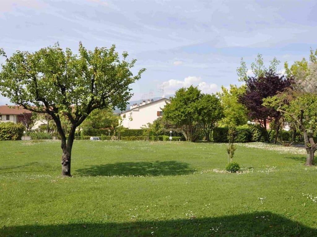 Ferienhaus Geräumiges Ferienhaus in Lazise mit Gemeinschaftspool (73572), Lazise, Gardasee, Venetien, Italien, Bild 13