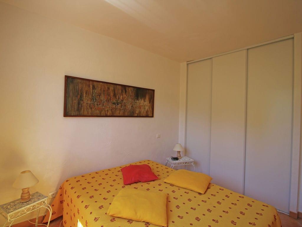 Ferienhaus Wunderschöne Villa in Bagnols-en-Forêt mit Swimmingpool (90035), Fréjus, Côte d'Azur, Provence - Alpen - Côte d'Azur, Frankreich, Bild 23