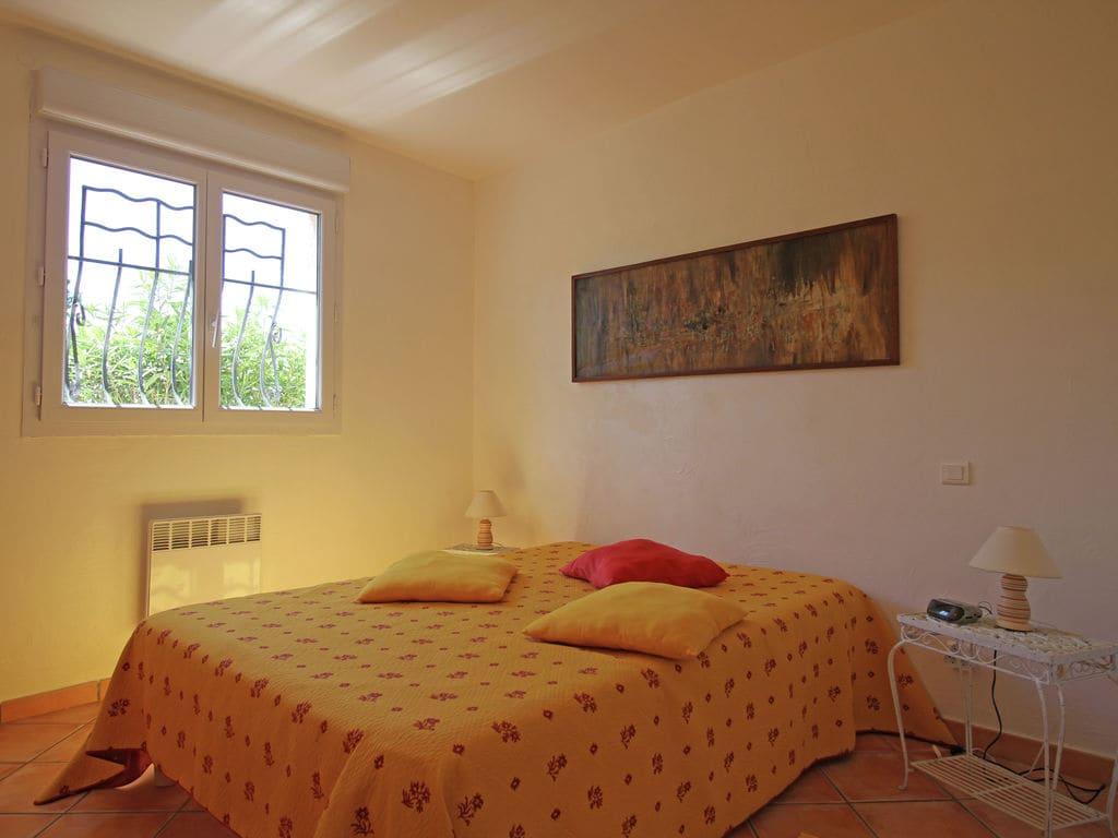 Ferienhaus Wunderschöne Villa in Bagnols-en-Forêt mit Swimmingpool (90035), Fréjus, Côte d'Azur, Provence - Alpen - Côte d'Azur, Frankreich, Bild 25