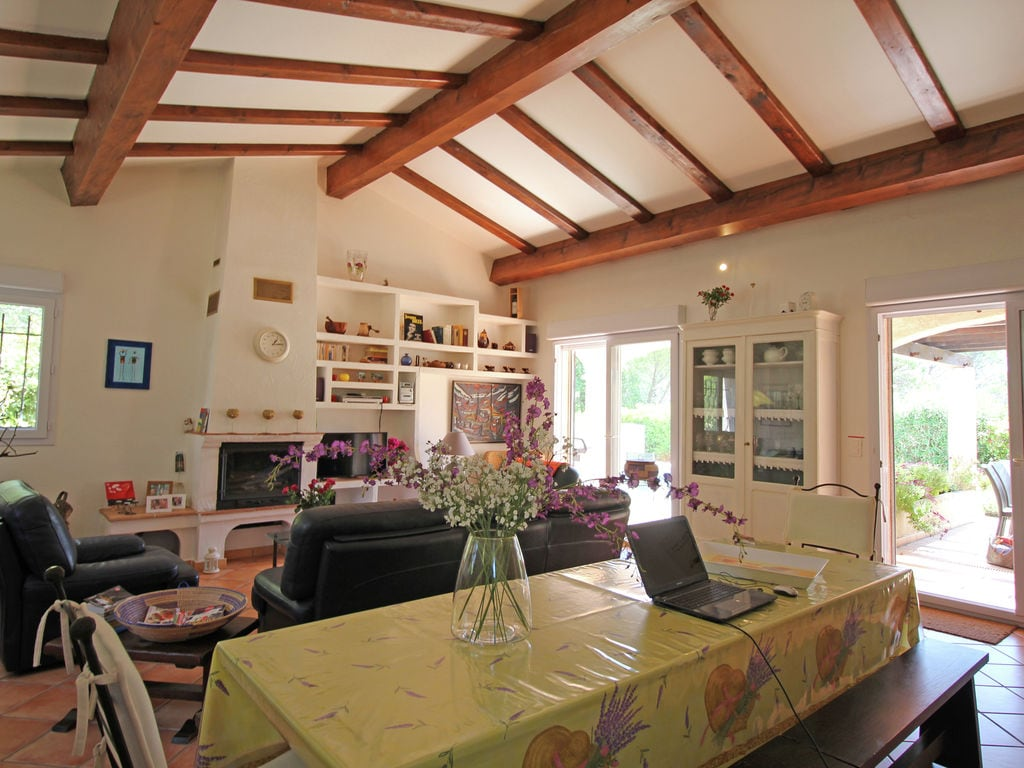 Ferienhaus Wunderschöne Villa in Bagnols-en-Forêt mit Swimmingpool (90035), Fréjus, Côte d'Azur, Provence - Alpen - Côte d'Azur, Frankreich, Bild 2