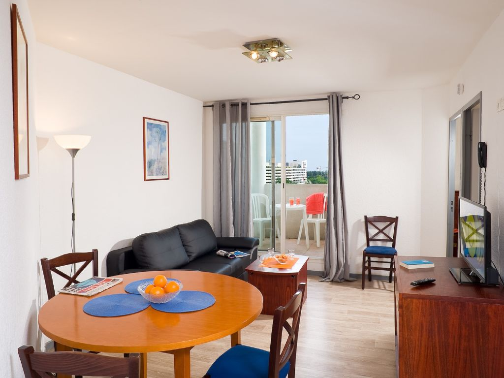 Holiday apartment Residence les Consuls de Mer 3 (76297), Montpellier, Mediterranean coast Hérault, Languedoc-Roussillon, France, picture 9