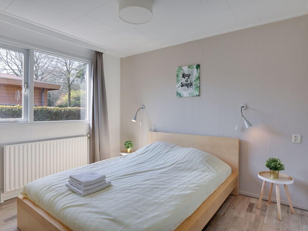 Ferienhaus Bungalowpark het Verscholen Dorp 1 (76192), Harderwijk, Veluwe, Gelderland, Niederlande, Bild 16