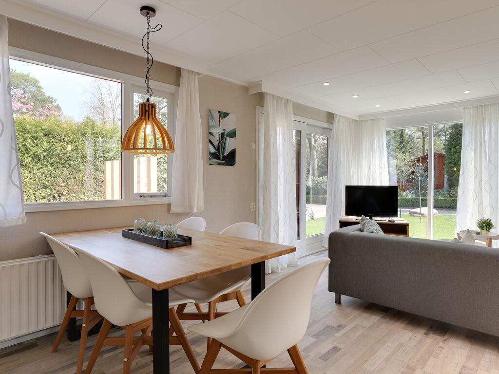 Ferienhaus Bungalowpark het Verscholen Dorp 1 (76192), Harderwijk, Veluwe, Gelderland, Niederlande, Bild 12