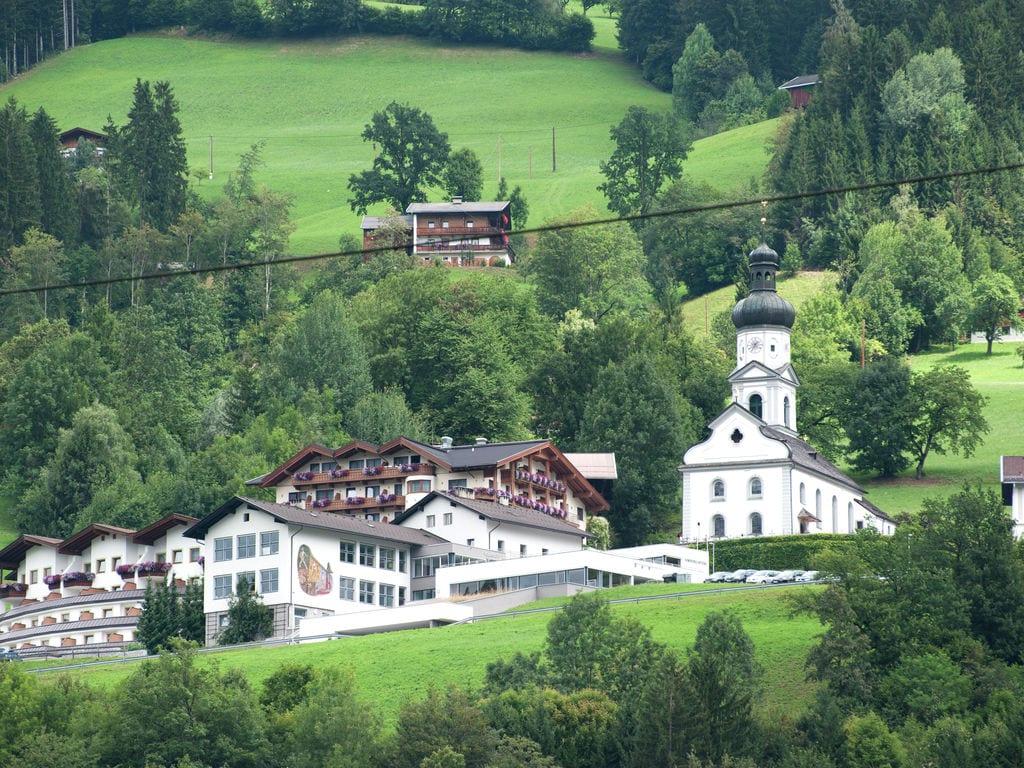 Ferienwohnung Geräumige Ferienwohnung mit Balkon in Hart im Zillertaler (253747), Hochfügen, Zillertal, Tirol, Österreich, Bild 32