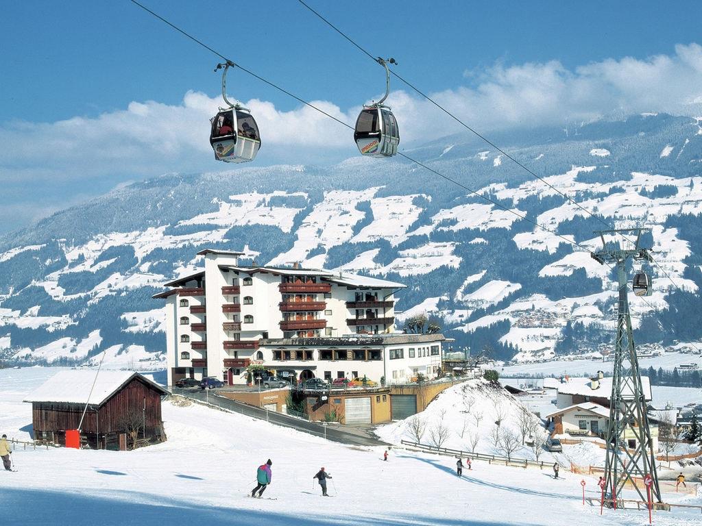 Ferienwohnung Geräumige Ferienwohnung mit Balkon in Hart im Zillertaler (253747), Hochfügen, Zillertal, Tirol, Österreich, Bild 17