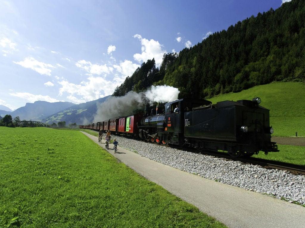 Ferienwohnung Geräumige Ferienwohnung mit Balkon in Hart im Zillertaler (253747), Hochfügen, Zillertal, Tirol, Österreich, Bild 31