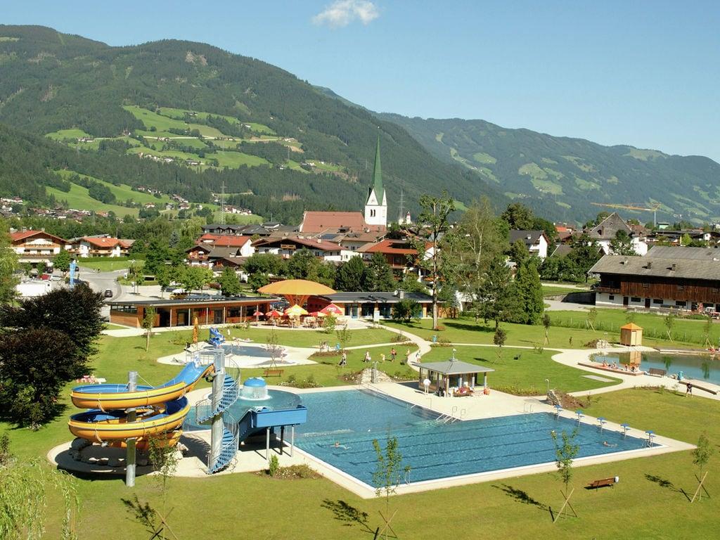 Ferienwohnung Geräumige Ferienwohnung mit Balkon in Hart im Zillertaler (253747), Hochfügen, Zillertal, Tirol, Österreich, Bild 37
